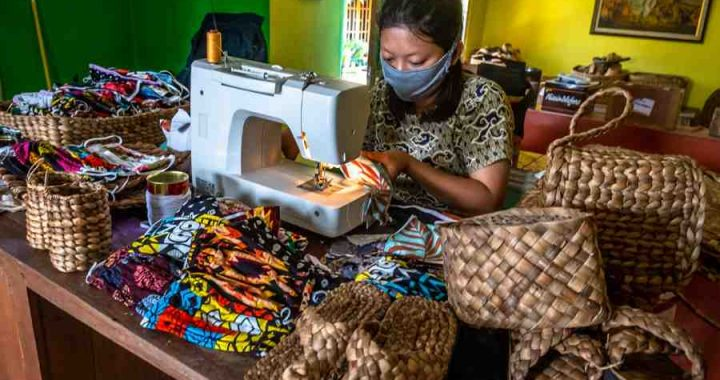 Platform PaDI akan mendorong prospek bisnis usaha mikro kecil menengah dalam kondisi Normal Baru. Foto: ANTARA FOTO/ Aji Setyawan
