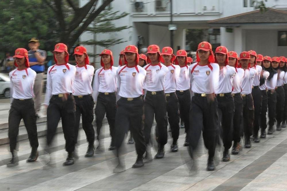 Anggota Pasukan Pengibar Bendera Pusaka (Paskibraka) Kota Bandung Sedang Berlatih.* Foto : Humas Bandung