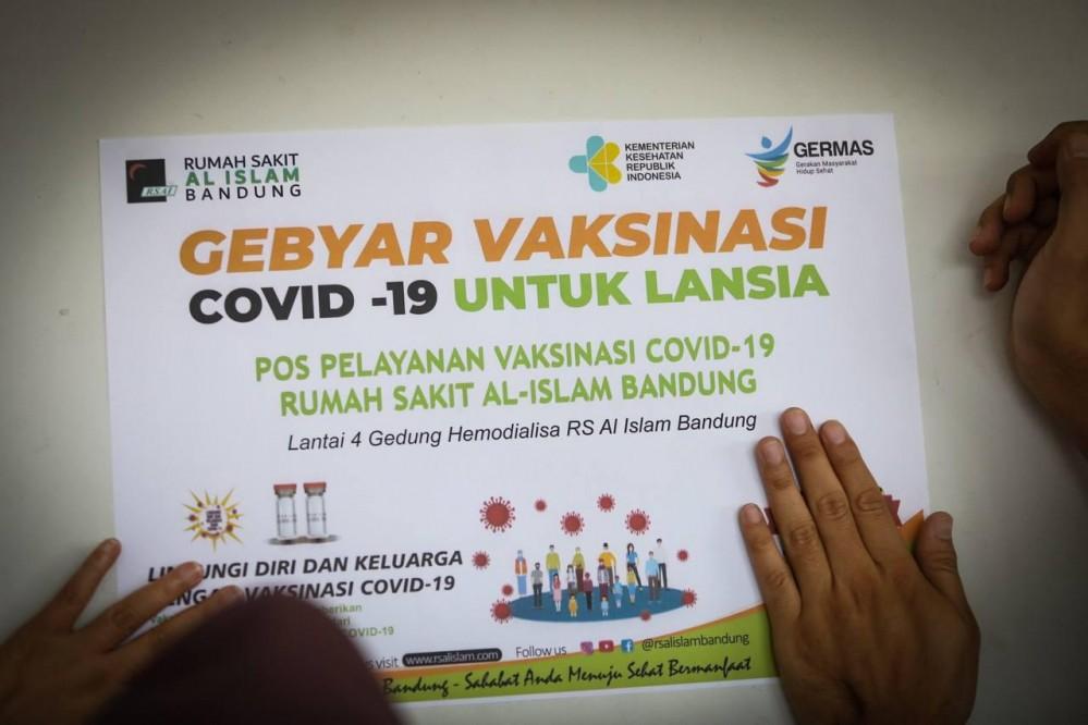 Ini Dia Cara Mendaftar dan Alur Vaksinasi untuk Lansia