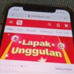 Laman Bukalapak.com. (Foto:VOA/eis)