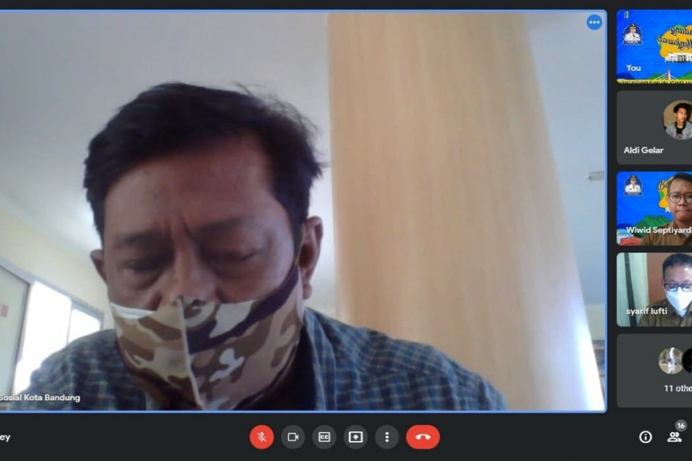 Kepala Bidang Perlindungan dan Jaminan Sosial Dinsos Kota Bandung, Muhamad Nurahman.* Foto : Humas Bandung